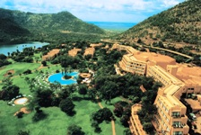 Fun in the Sun at one of S Africa's most well known icon destinations at Sun City (North West Province)