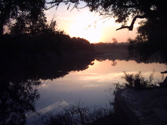 sun_set_over_dam_2
